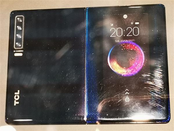TCL折叠屏探秘:自主研发屏幕、铰链