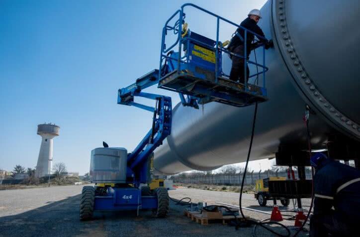 超级高铁创企HTT晒最新轨道图片 计划4月份开始测试