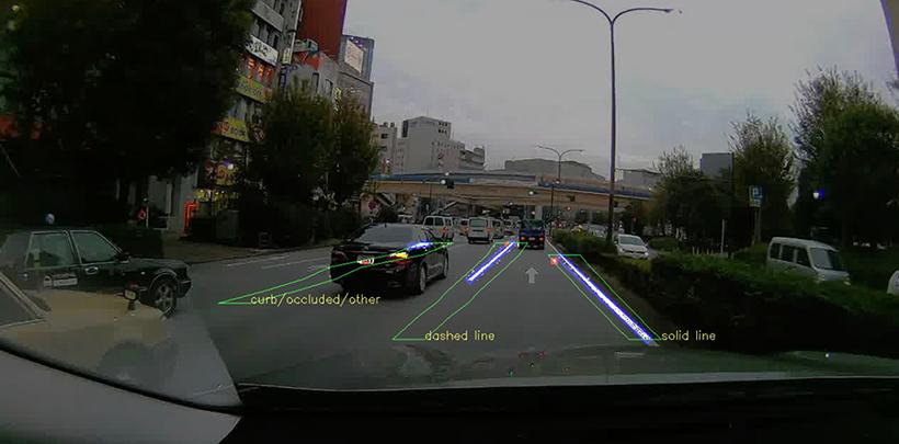 丰田合作CARMERA 使用摄像头数据为自动驾驶车辆研发高精地图