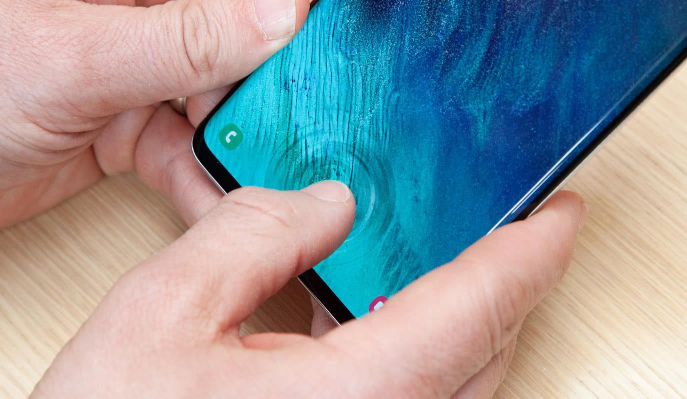 """""""难兄难弟""""三星S10遇上iPhone XS谁更香?"""