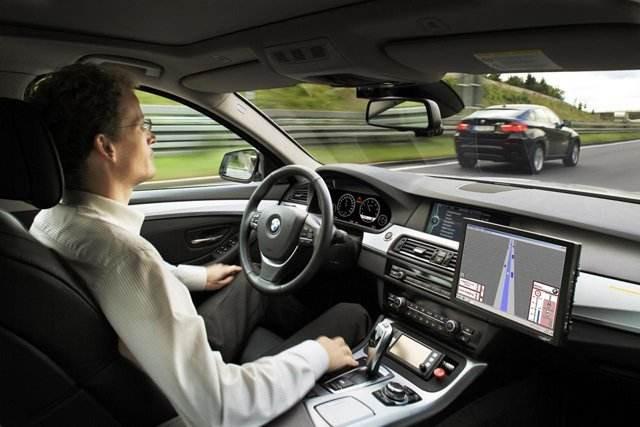 自动驾驶车辆没有识别到的危险 人类驾驶员也识别不到