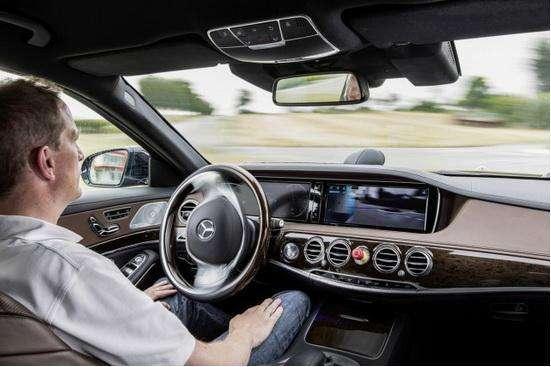 自动驾驶车辆近期不会普及的五大原因