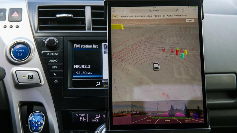 研究发现有些自动驾驶系统识别深色人种存在困难