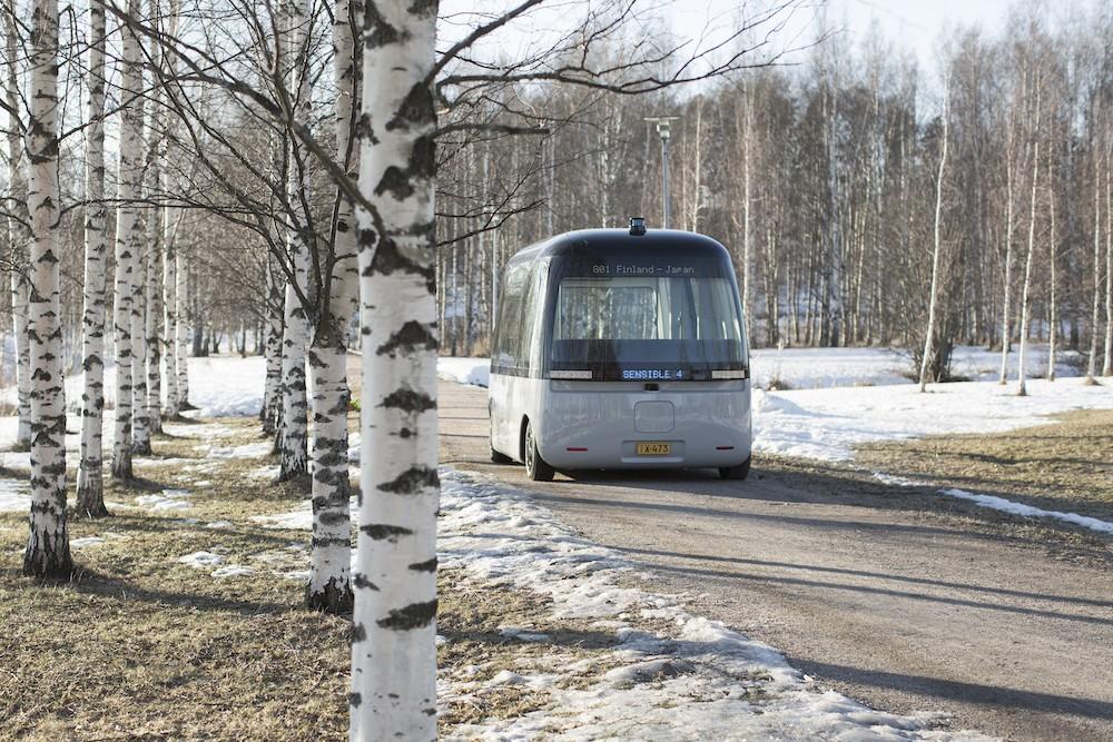 MUJI和Sensible 4携手推出全球首款全天候自动驾驶巴士