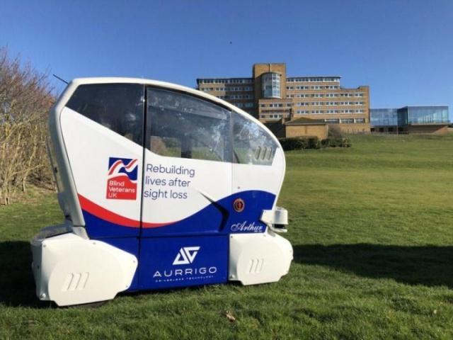 英国Aurrigo公司为视觉障碍者测试自动驾驶汽车