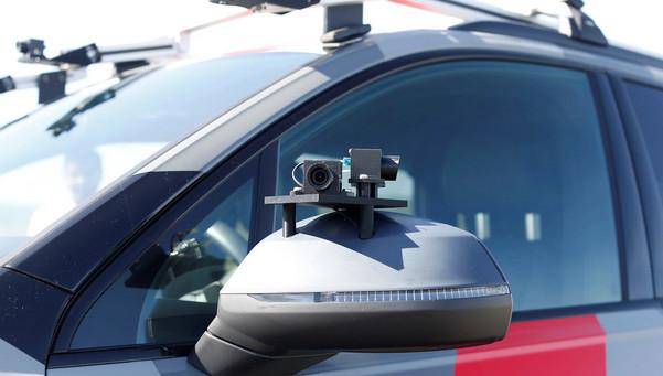 允许自动驾驶汽车司机看手机?日本交通法做出这些修改