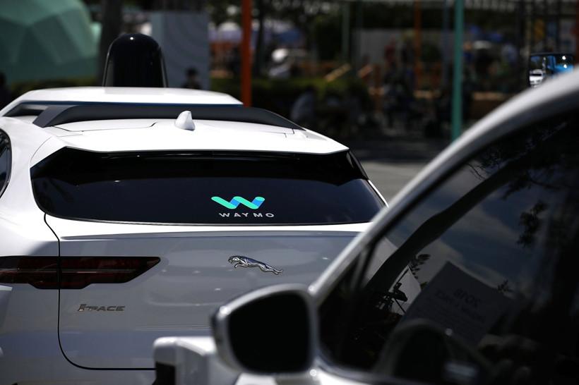 Waymo或首次寻求外部投资 估价至少为Cruise数倍