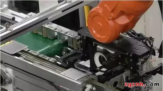 手机制造业工业机器人应用现状与难题