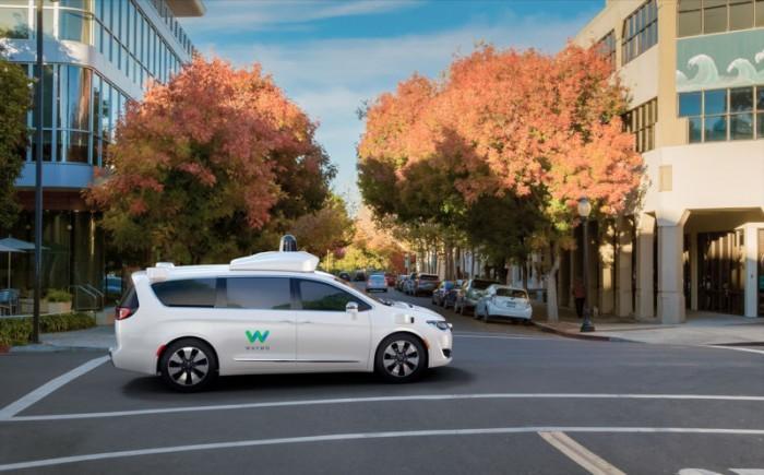 美媒:Waymo自动驾驶出租车仍有提升空间,有时会逆行
