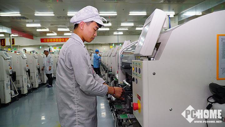 探访小米9制造工厂 供货问题解决产能全力爬坡