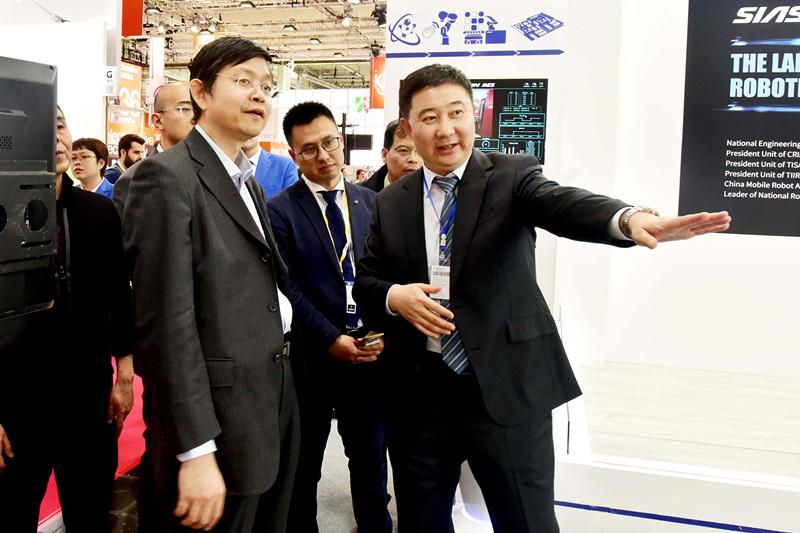 昂扬中国力量 收获世界目光