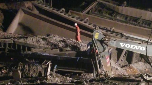 中铝货运火车脱轨是怎么回事?失联者均遇难