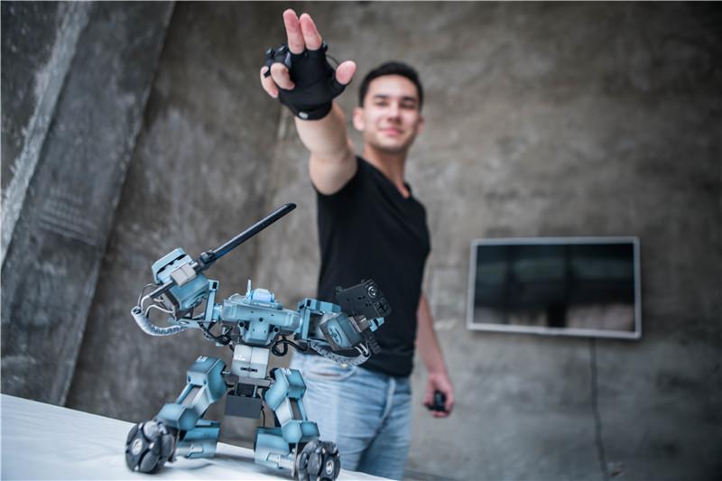 工匠社招俊健:做消费级机器人 首先需要打动自己