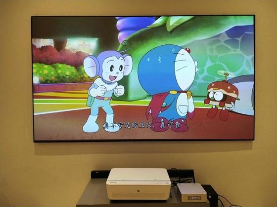 明基激光电视,家庭生活的好玩伴