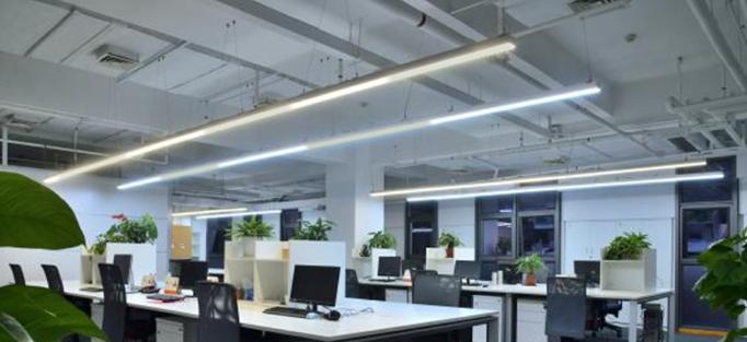 高精度LED驱动电源提高灯具输出的一致性