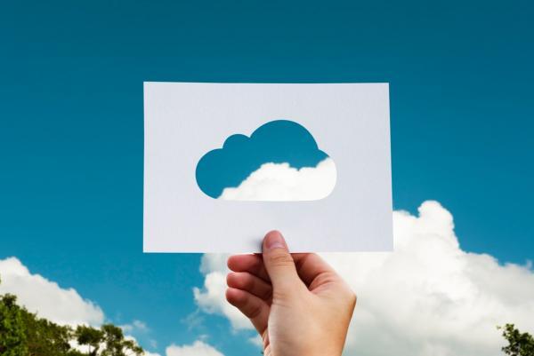 云服务增长迅猛:微软市值突破万亿,亚马逊称霸全球