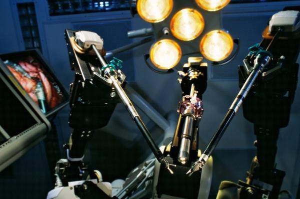 FDA:机器人做手术?可能没想的那么靠谱