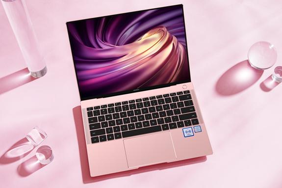 520浪漫礼物—华为新款MateBook X Pro樱粉金