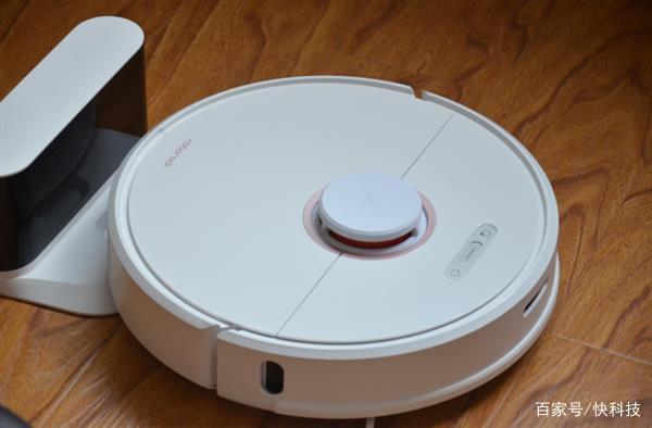 懒癌晚期用户福音:石头全自动扫地机器人