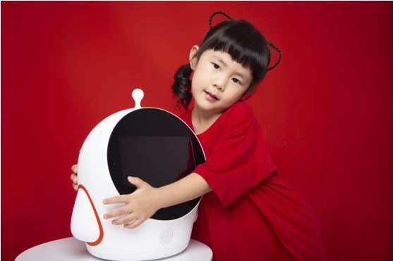 """""""孩子英语好,就用友悦宝"""" 友悦宝X15机器人深圳首发"""
