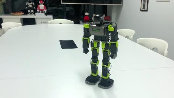 乐森机器人完成A轮融资 国内突破双足行走技术机器人厂商仅有三家