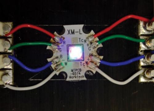 LED舞台和建筑照明的色彩控制