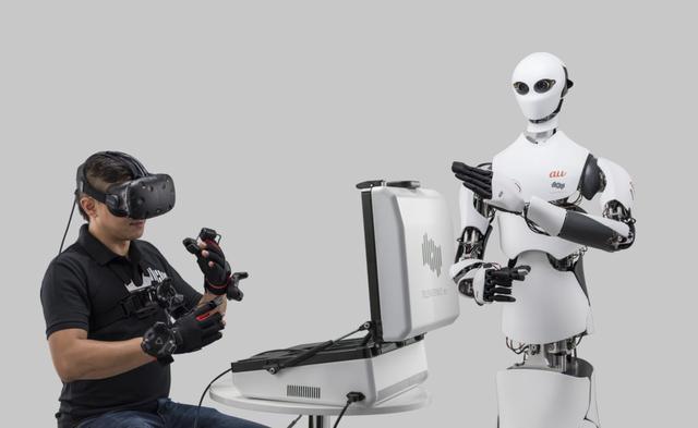 Telexistence智能机器人成为人类分身 上演隔空取物和远程旅游
