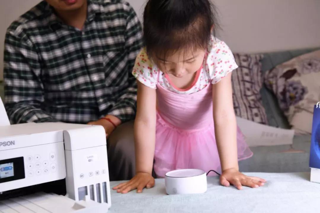 还在为家庭教育烦恼? 爱普生智能套装帮你三招搞定熊孩子