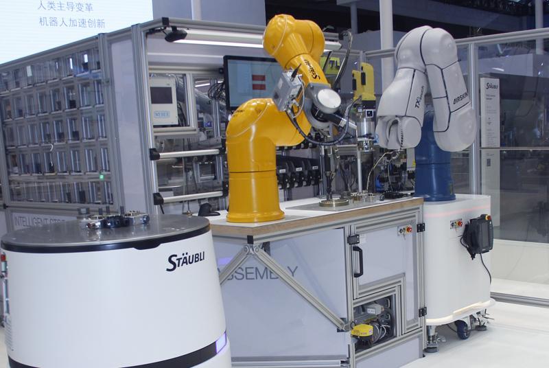 史陶比尔孟德微:机器人和工业4.0模式
