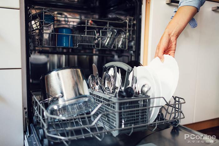 钞票消失预警!集成灶还没买集成洗碗机又来了