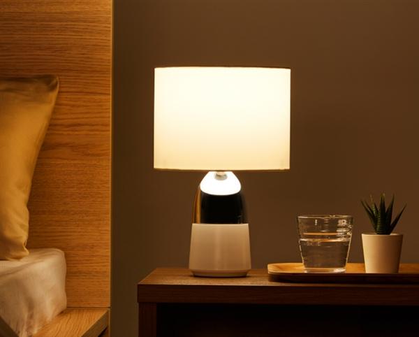 小米有品上架床頭燈:支持360°全觸控