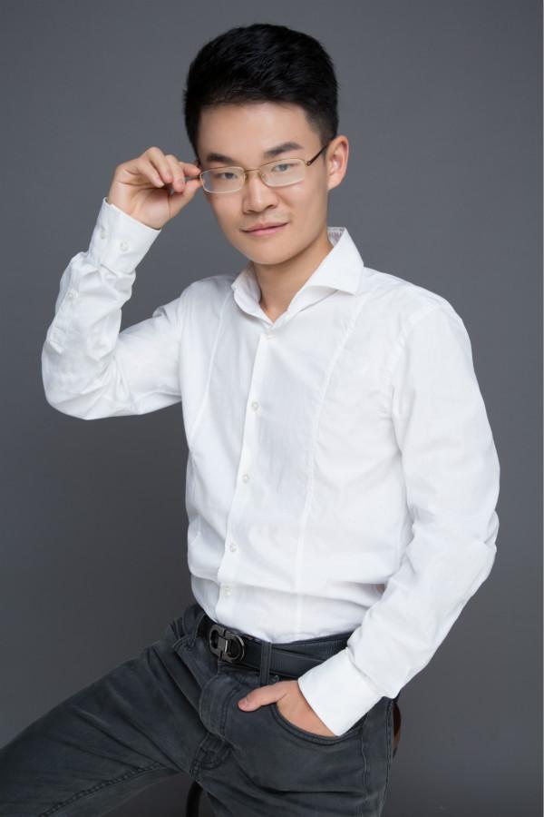 """高木学习参评""""景智AI 2019'维科杯'人工智能行业突出贡献人物奖"""""""