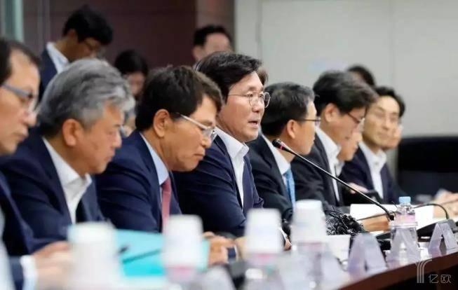 日韩科技交锋:究竟谁才是芯片、半导体、屏幕之王?