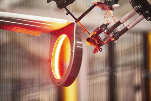 简单快速!ABB机器人为Array Plastics生产线带来优势