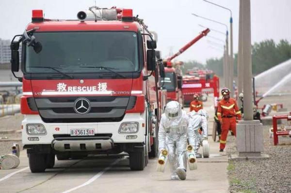 油罐起火怎么办?五个石油化工事故典型场景在京实战演练