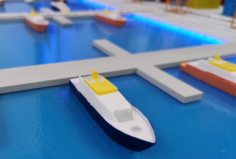 阿姆斯特丹港用海上無人機檢查船舶深度