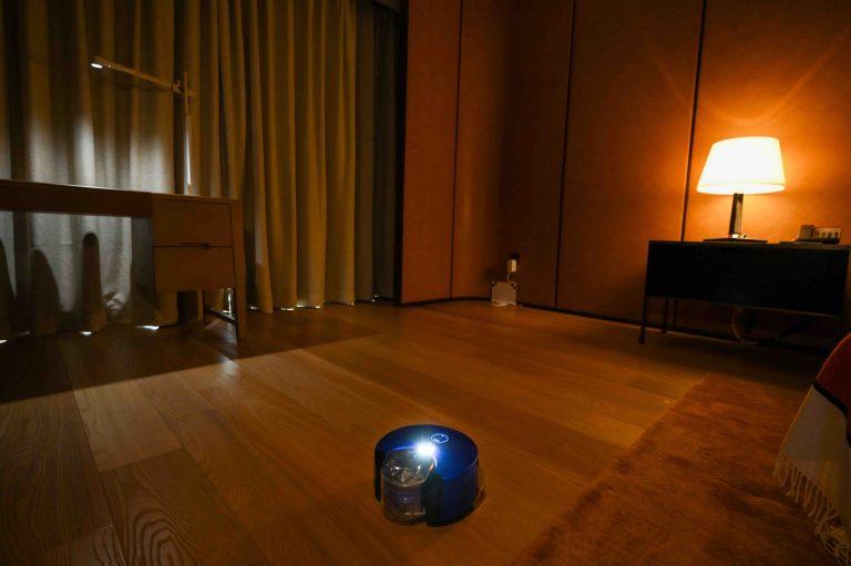 戴森推出智能吸尘机器人Dyson 360 Heurist