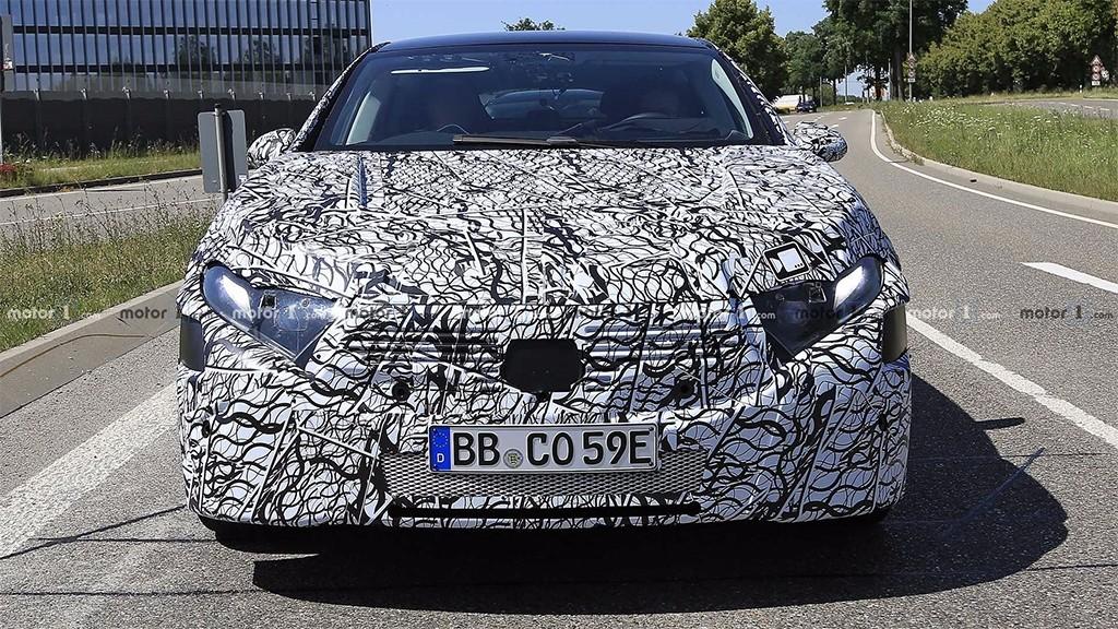奔驰EQS路试谍照曝光,一看就很不好惹,特斯拉Model S该紧张了