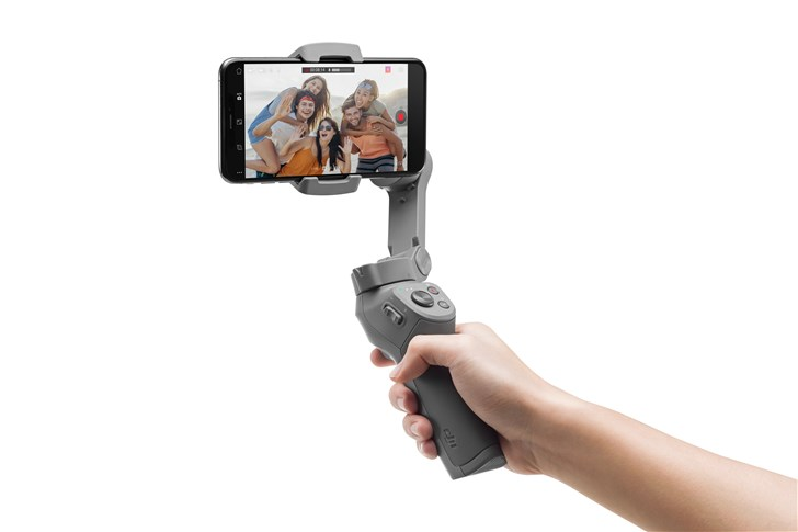 DJI大疆发布灵眸Osmo手机云台3:支持手势控制,售价699元