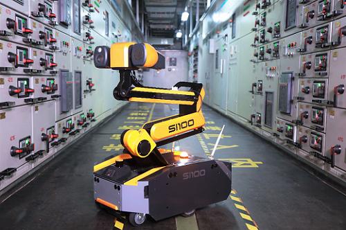 亿嘉和多款机器人盛装亮相2019世