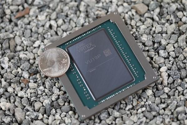 赛灵思发布世界最大FPGA芯片:杯口那么大,晶体管达到350亿