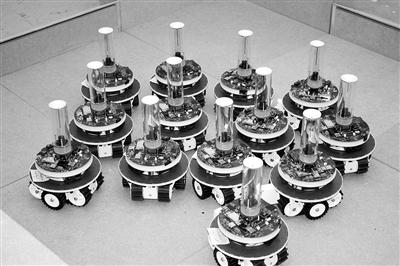 未来机器人:一起工作 互相学习