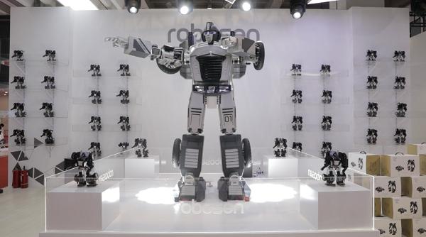 各类机器人各显神通,乐森机器人黑科技大放异彩