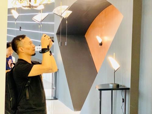 三雄极光在上海设计周:智能照明让生活更美好