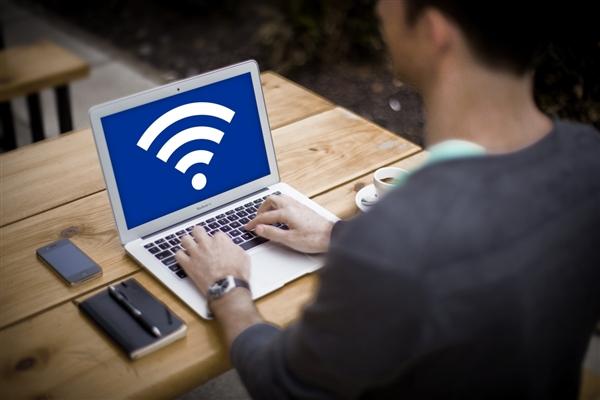 Wi-Fi 7开始浮现:速度高达每秒30Gbits