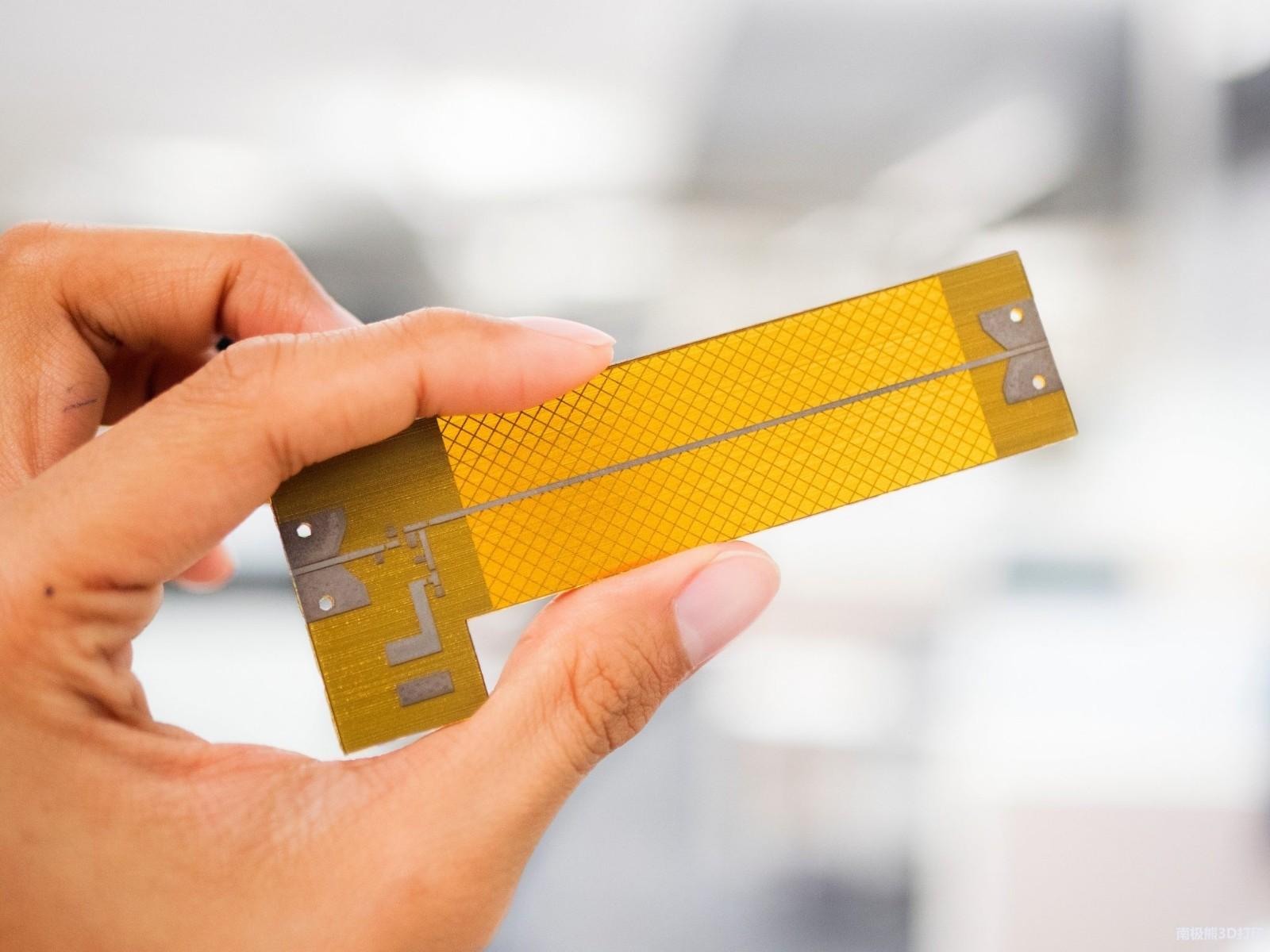 在PCB上直接3D打印电容器
