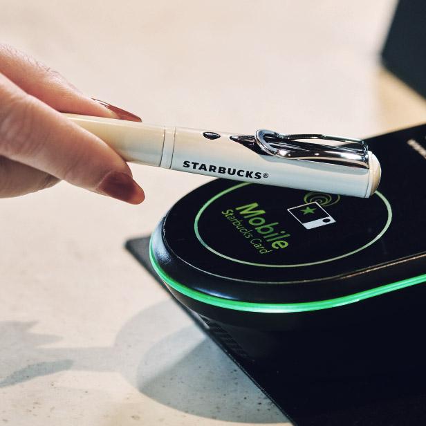 星巴克推出内置 NFC 钱包的钢笔