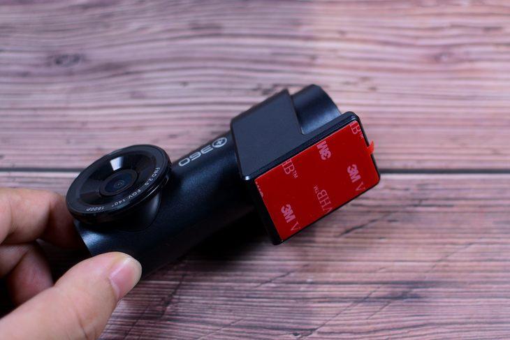 一机多用自带智能电子狗 360行车记录仪K600评测
