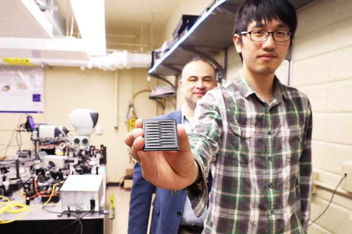 多伦多大学研发便携式量子光传感器,或可提升自动驾驶汽车探测能力