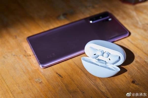华为FreeBuds 3无线耳机正式发布:业界首款半开放式主动降噪耳机